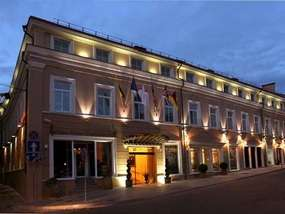 Отель RAMADA HOTEL AND SUITES VILNIUS 5*
