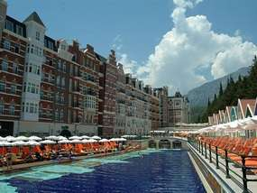 Бассейн отеля ORANGE COUNTY RESORT HOTEL 5 *